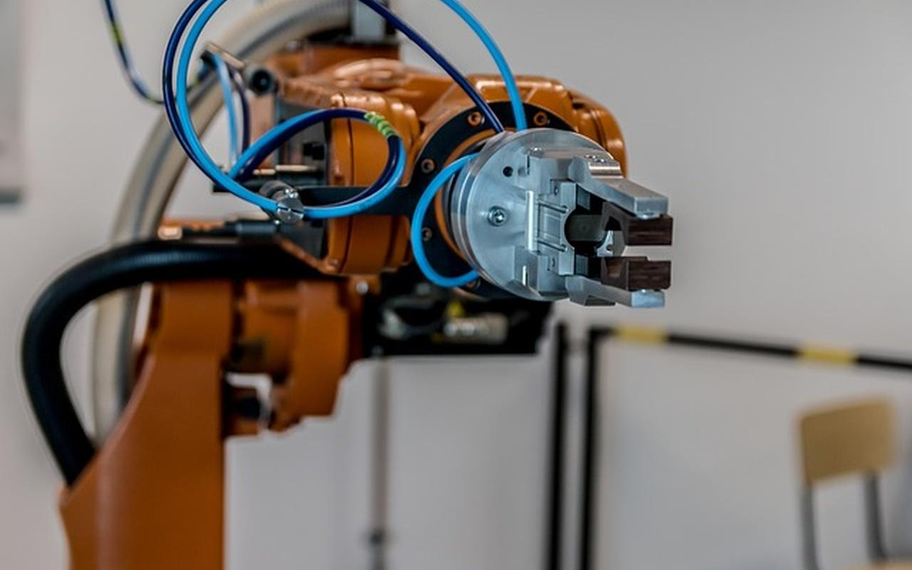 Maszyny i ludzie w dobie Przemysłu 4.0